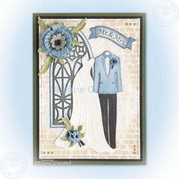 Afbeeldingen van Dress & Suit and Churchwindow